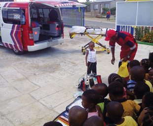ER24's Training Academy demonstrating the importance of first aid at a pre-primary school in Welkom.